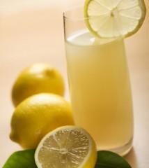 acqua-e-limone-300x336.jpg